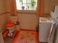 Bathroom 1 - 5 square meters of property in Chartwell A.H.