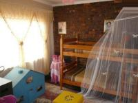 Bed Room 1 - 12 square meters of property in Newlands