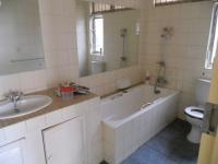 Main Bathroom - 7 square meters of property in Arcadia