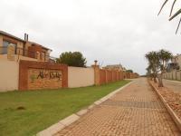 2 Bedroom 2 Bathroom in Krugersdorp