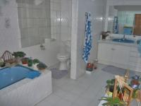 Bathroom 1 - 5 square meters of property in Linksfield