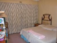 Bed Room 1 - 12 square meters of property in Linksfield