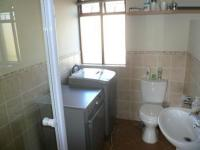 Bathroom 1 - 5 square meters of property in Montana