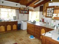 Kitchen - 75 square meters of property in Hazyview