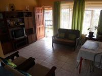 Lounges - 18 square meters of property in Malmesbury