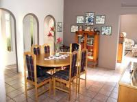 Dining Room - 28 square meters of property in Brackendowns