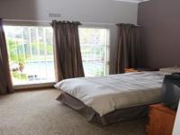 Bed Room 2 - 14 square meters of property in Brackendowns