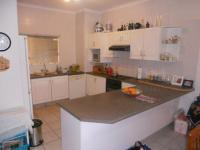 Kitchen - 13 square meters of property in Ballito