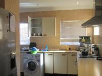 Kitchen - 14 square meters of property in Meredale