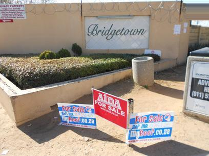 Standard Bank EasySell 2 Bedroom Sectional Title For Sale in Bloubosrand - MR073830