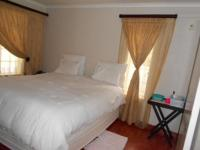 Main Bedroom - 20 square meters of property in Hurlingham