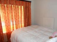 Bed Room 2 - 8 square meters of property in Hurlingham