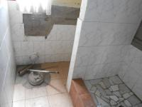 Main Bathroom - 12 square meters of property in Olievenhoutbos
