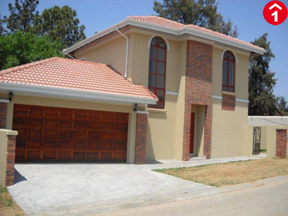 3 Bedroom Cluster To Rent in Broadacres - Private Rental - MR074077