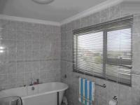 Bathroom 1 - 2 square meters of property in East London