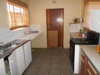 Kitchen - 14 square meters of property in Witpoortjie