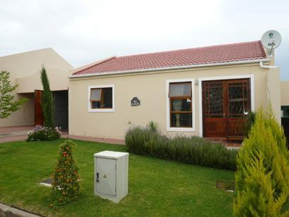 2 Bedroom Simplex For Sale in Malmesbury - Private Sale - MR07431