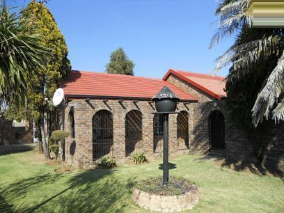 4 Bedroom House For Sale in Bronkhorstspruit - Private Sale - MR074354