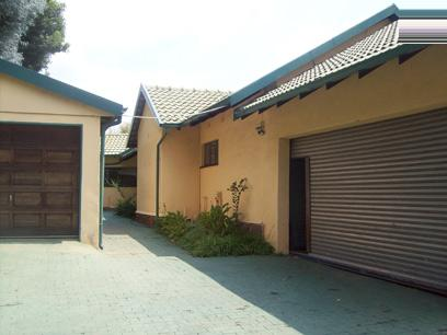 Standard Bank Repossessed House For Sale in Kempton Park - MR07442