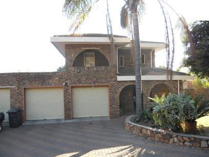 4 Bedroom House for Sale For Sale in Pretoria Gardens - Home Sell - MR074427
