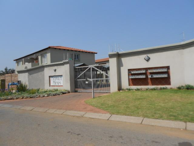 Standard Bank Repossessed 2 Bedroom Sectional Title for Sale on online auction in Kempton Park - MR074703