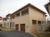 3 Bedroom 2 Bathroom in Mtwalumi
