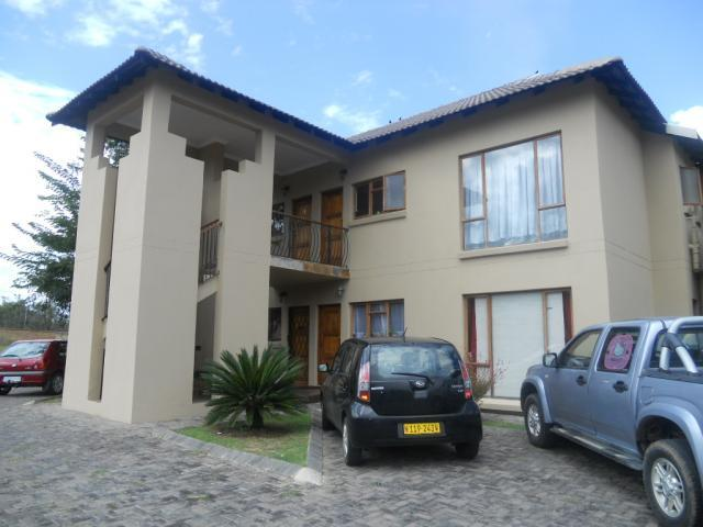 Standard Bank Mandated 2 Bedroom Simplex for Sale on online auction in Modimolle (Nylstroom) - MR07486