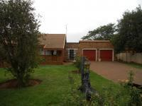 2 Bedroom 2 Bathroom in Henley-on-Klip