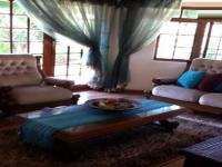 Lounges - 37 square meters of property in Glenmarais (Glen Marais)