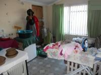 Bed Room 1 - 15 square meters of property in Belhar