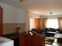 Kitchen - 17 square meters of property in Hesteapark
