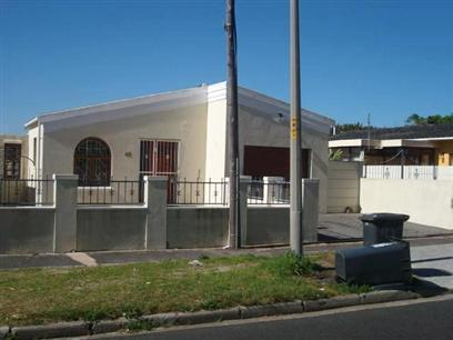 Standard Bank Repossessed 3 Bedroom House for Sale on online auction in Lansdowne - MR07528