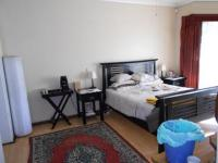Main Bedroom - 20 square meters of property in Johannesburg North