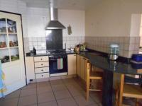 Kitchen - 24 square meters of property in Johannesburg North