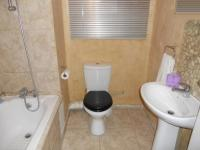 Bathroom 1 - 3 square meters of property in Lansdowne