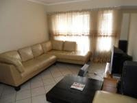 Lounges - 17 square meters of property in Highveld