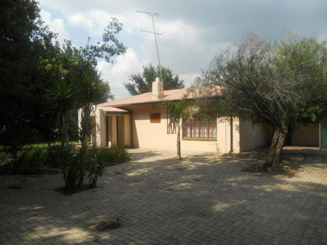 Standard Bank EasySell 3 Bedroom House for Sale For Sale in Bronkhorstspruit - MR075819