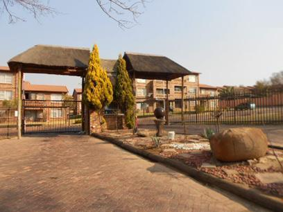 Standard Bank EasySell 2 Bedroom Sectional Title For Sale in Buccleuch - MR075888