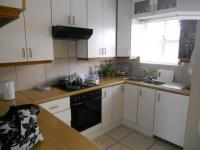Kitchen - 10 square meters of property in Athlone - CPT