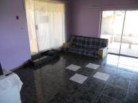 Lounges - 15 square meters of property in Vredefort