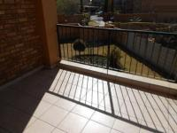 Patio - 10 square meters of property in Willowbrook