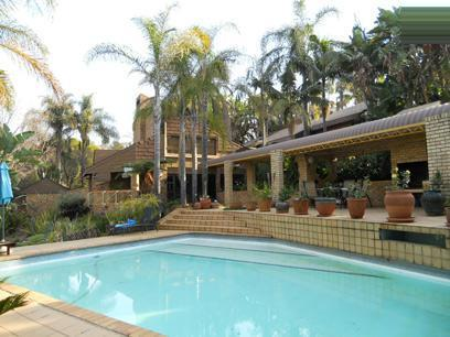 4 Bedroom House For Sale in Waterkloof Glen - Private Sale - MR076592