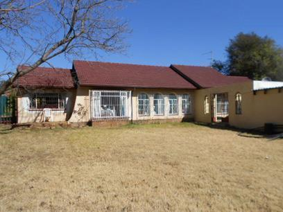 Standard Bank EasySell 4 Bedroom House For Sale in Randburg - MR076604