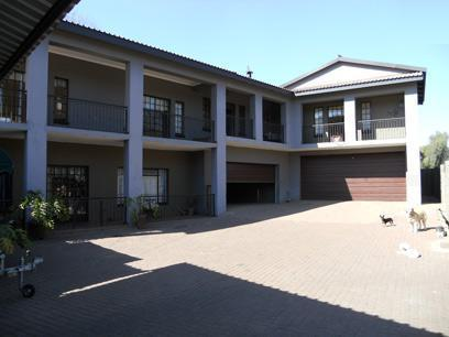 Standard Bank EasySell 5 Bedroom House for Sale For Sale in Eldoraigne - MR076606