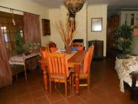 Dining Room - 26 square meters of property in Eldoraigne