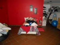 Bed Room 2 - 44 square meters of property in Eldoraigne