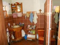 Main Bathroom - 10 square meters of property in Eldoraigne