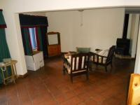 Lounges - 123 square meters of property in Eldoraigne