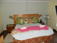 Bed Room 3 - 36 square meters of property in Eldoraigne