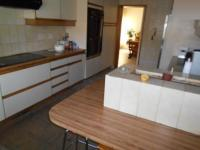 Kitchen - 30 square meters of property in Bramley